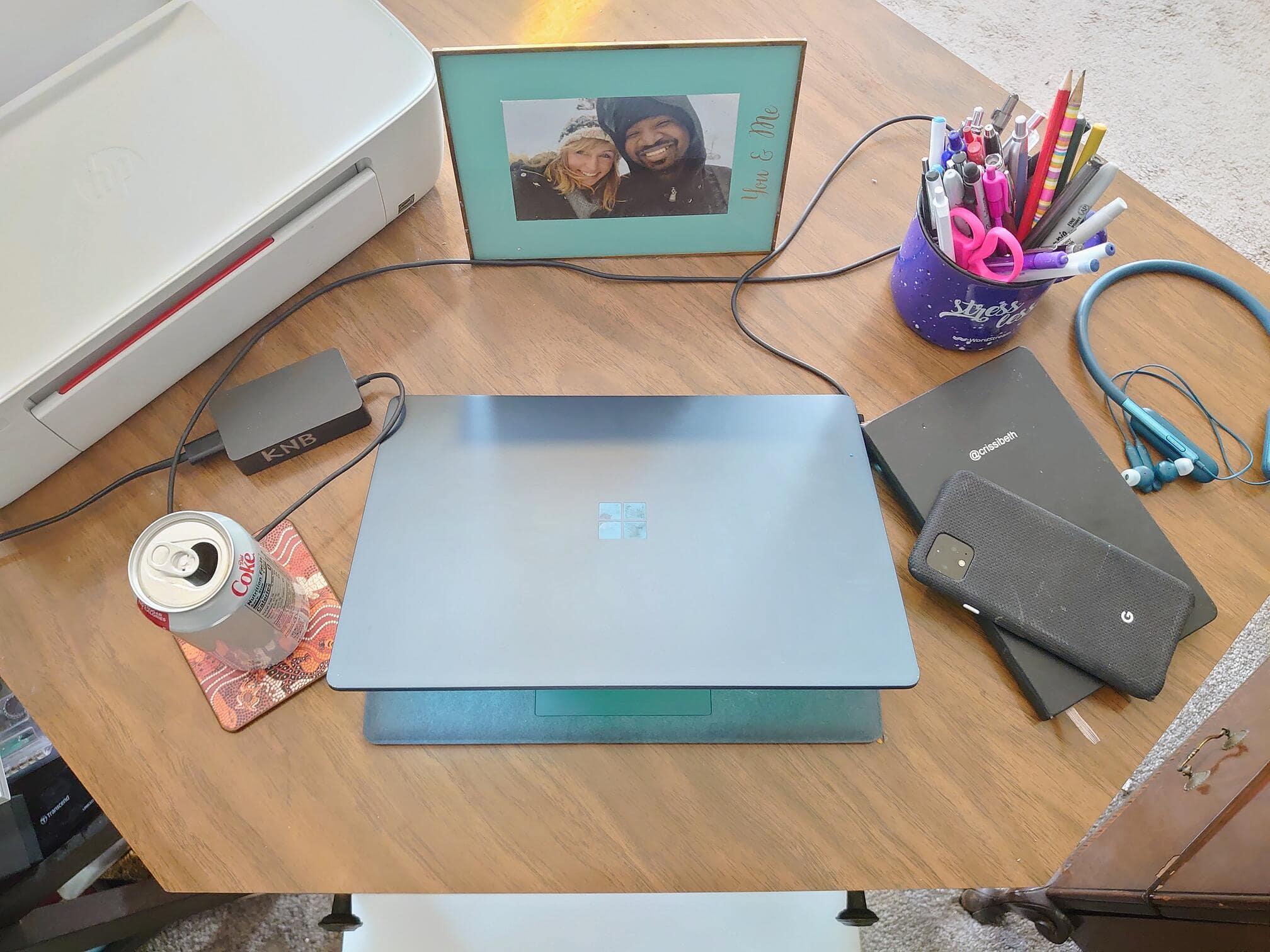 beth desk-min