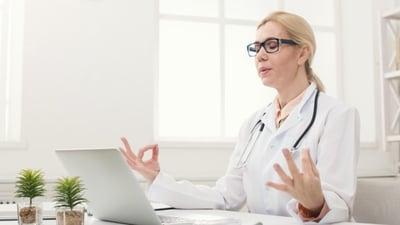 woman-doctor-meditation